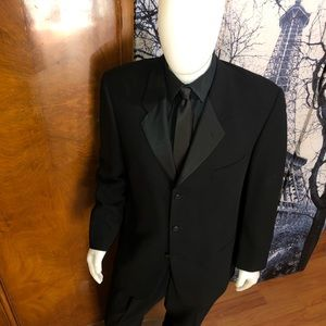 Giorgio Armani Men's Formal Tuxedo